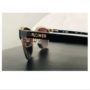 Drew Barrymore Flower Eyewear 🕶